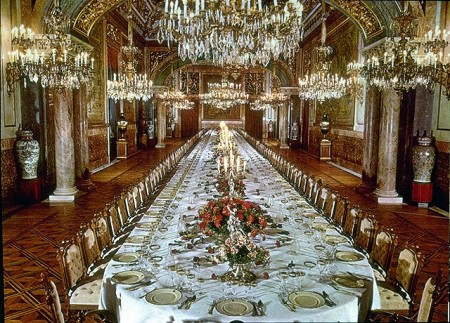 comedor-palacio-real-bruselas-450x323